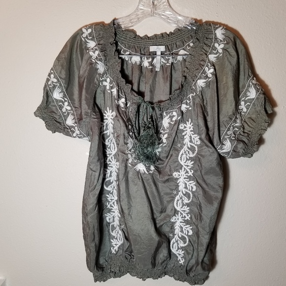 dabc102dad9ba Joie Tops - Joie Size Large Peasant Embroidered Top 100% Silk